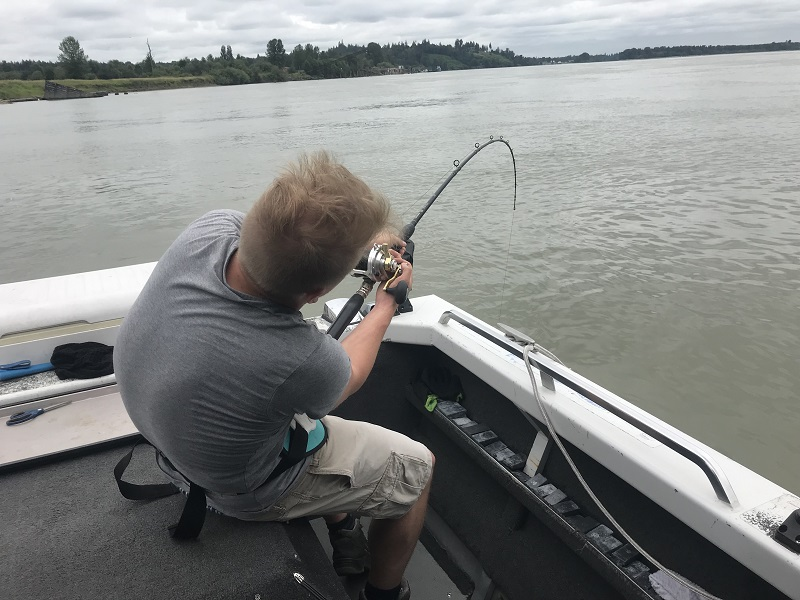 sturgeon fishing, sturgeon fishing bc, sturgeon fishing fraser river, sturgeon fishing charters, sturgeon fishing vancouver, sturgeon fishing chilliwack